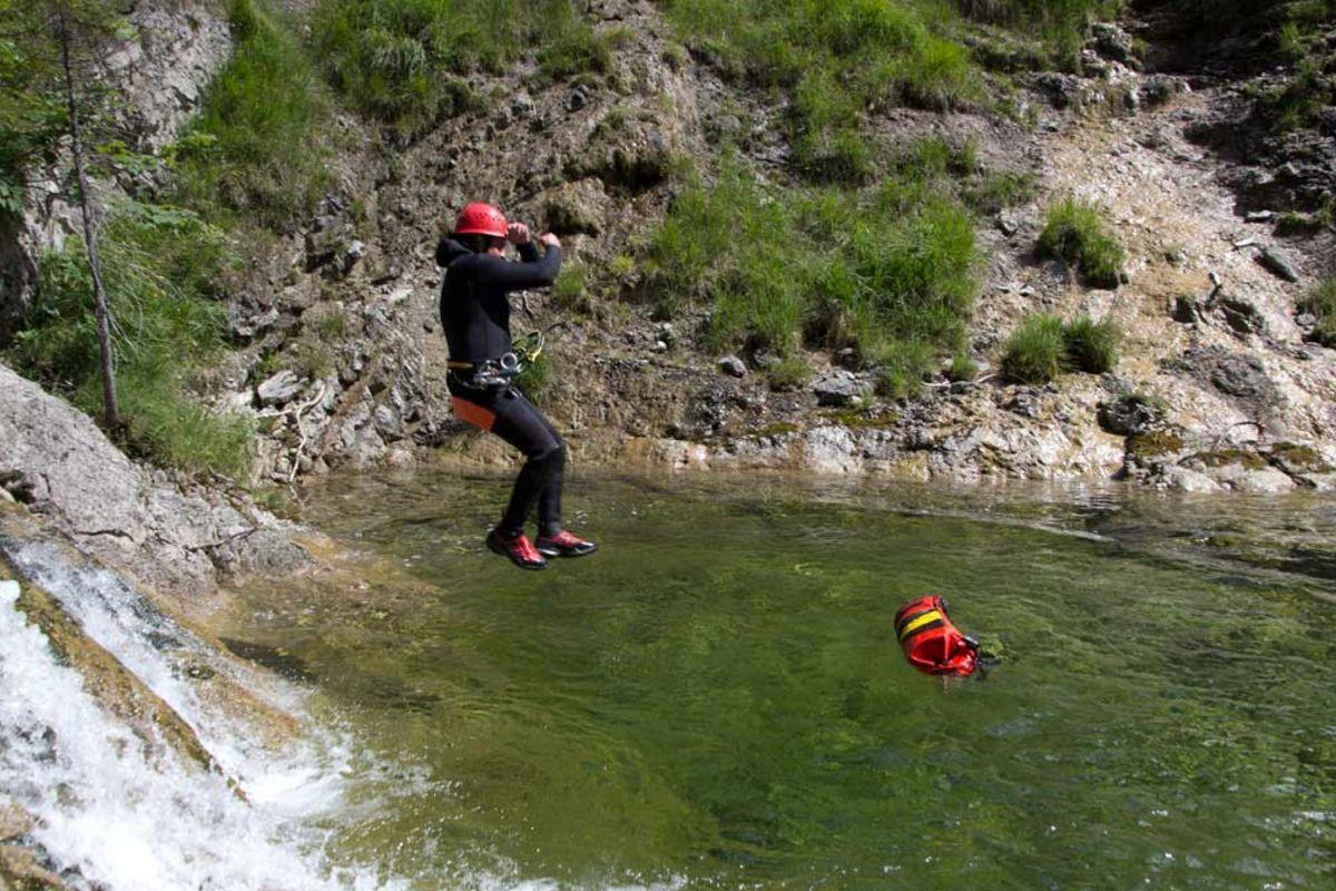 Klettergurt Canyoning : Raft canyoningevent rafting lenggries canyoning im raum münchen